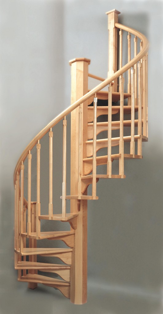 Maple spiral with treads supported by brackets fastened to the octagonal post and stabilized by interconnecting balusters.